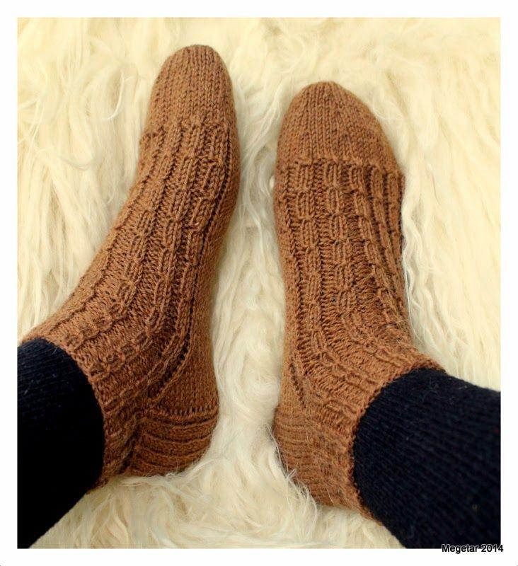 MEGETAR: Lyhytvartisia villasukkia lämmittämään kylmiä varp...