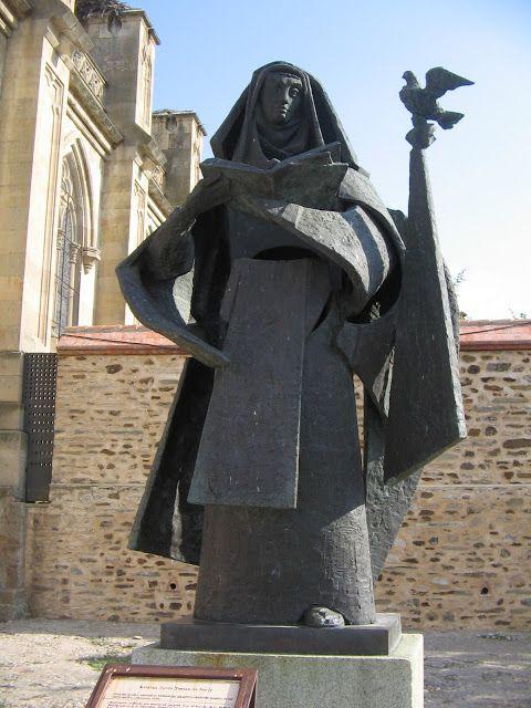 Venancio Blanco. Monumento a Santa Teresa de Jesús. Alba de Tormes