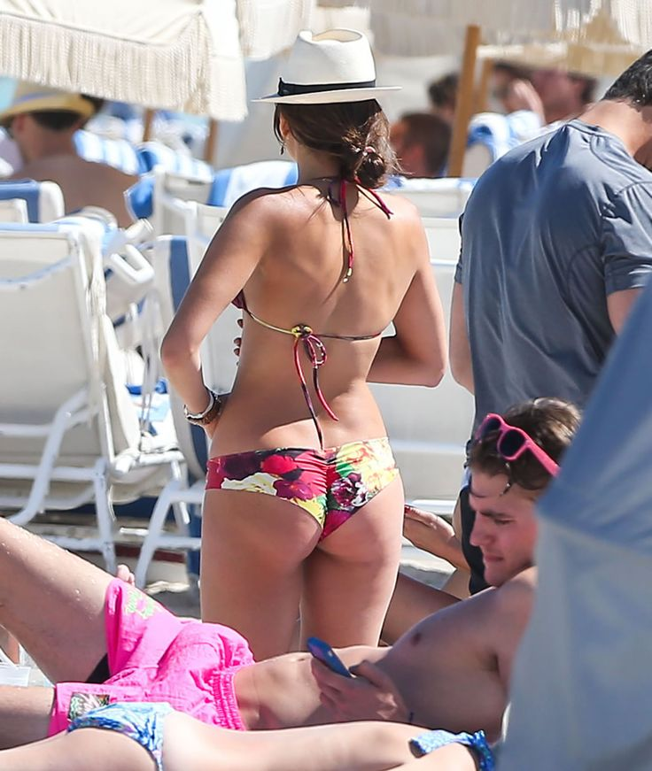 Naked kat graham booty pictures