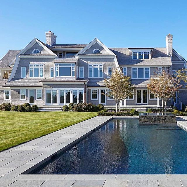 Picture perfect in Southampton. Close your eyes and imagine it... Tag a friend you'd like to summer here with right now! ⠀ @bespoke.marketing⠀ ⠀ .⠀ .⠀ .⠀ .⠀ ⠀ From one of @bespoke.realestate's recently sold properties in #Southampton. Last asking price $27,900,000.⠀⠀⠀ ⠀⠀⠀ @bespoke.realestate facilitated a sale for both the seller and the purchaser of this new home in the Southampton Estate Section, located just three houses up from the ocean overlooking Old Town Pond with ocean views. ⠀⠀⠀ ⠀
