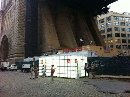 pop up store, dumbo Brooklyn. If it can be here, can't a pop up store be anywhere?!