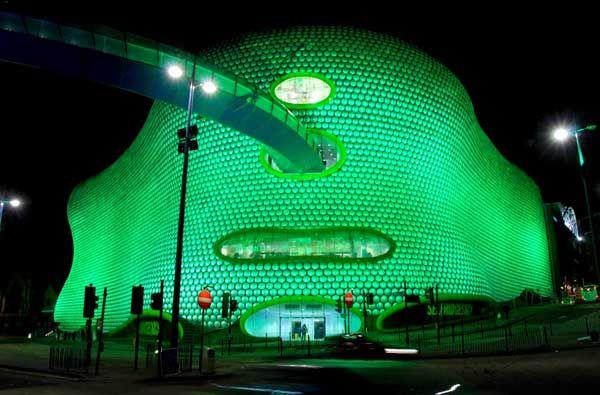 英バーミンガムの「ブルリング・ショッピング・センター」