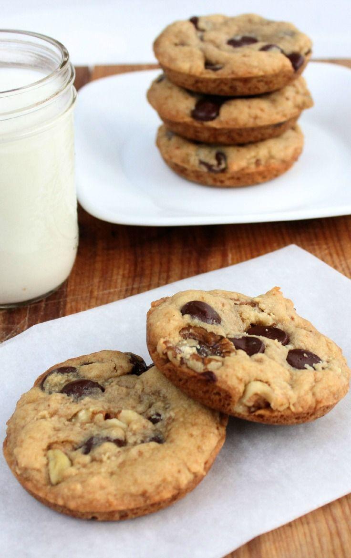 Big chocolate chip cookie recipe - dark chocolate chips & walnuts # ...