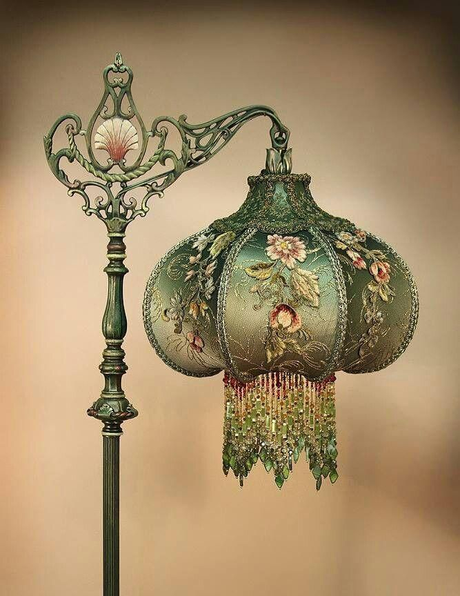 gorgeous green lamp