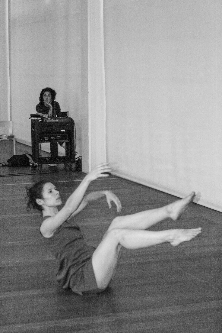Tribute to Manuela Malpique and Stephen Stoer – Choreography Indio Queiroz    Photography   João Bento Soares   - www.joaobentosoares.com