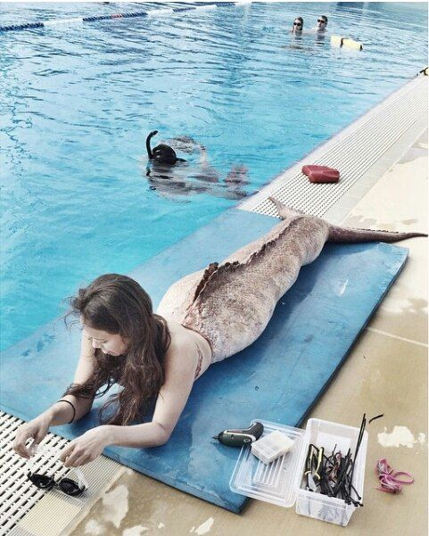 Mako Mermaids - Season 3 behind the scenes preproduction with Allie. Mermaid swim class of 2015