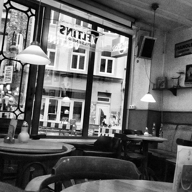 Cozy and casual Pub. Lunch is also recommendable!   Café Kittel in Aachen, Nordrhein-Westfalen