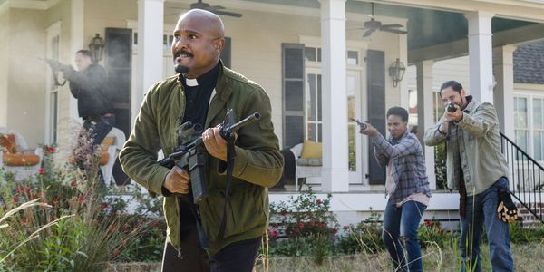 The Walking Dead Season 8 Is Like A 'Schwarzenegger Vs Stallone' Action Movie, According To One Star #FansnStars