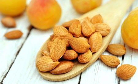 Bittere Aprikosenkerne in der Krebstherapie? ->  #gesundheit #aprikosenkerne #krebs