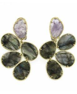 Oorbellen amethist / labradoriet €397,00 | MPM Jewelry by Pilar Montes #groen #green #greenjewellery #greenjewels #sieraden #oorbellen #amethist #groengrijs #groengrijsoorbel
