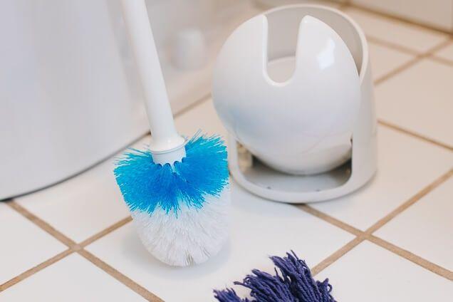 Top 10 Best Toilet Brush Reviews Buyer S Guide In 2020 In 2020 Toilet Brush Toilet Cleaning Toilet