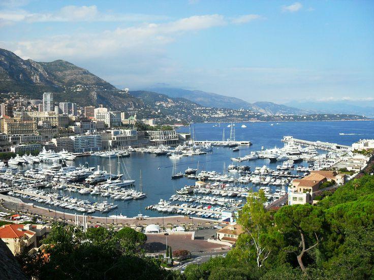 Monaco is such a gorgeous place! #iwanttogoback #travel #worldtravel #exploretheworld www.roamtheworld.net