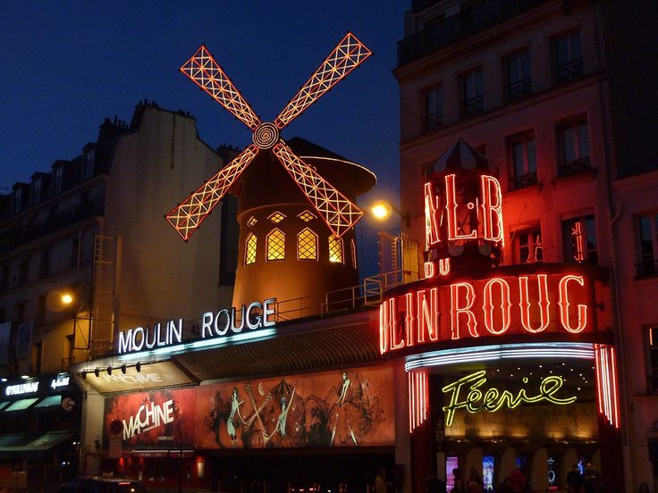 Paryż atrakcje Moulin Rouge