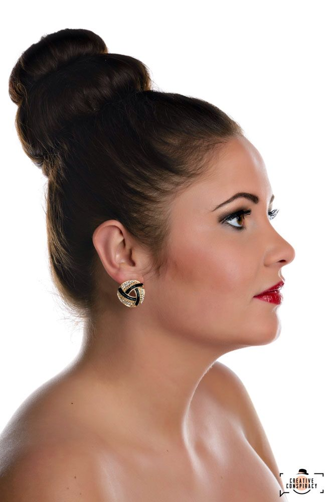 #visagie #nijkerk #makeup #studiomydream #mariskaham #workshops #bruidsmake-up #hairstyling.  visagist:Mariska ham, Studio My Dream, fotografie:creative conspiracy, coca cola, hair:Kim Brinkhof, model:Kyra Schuurman
