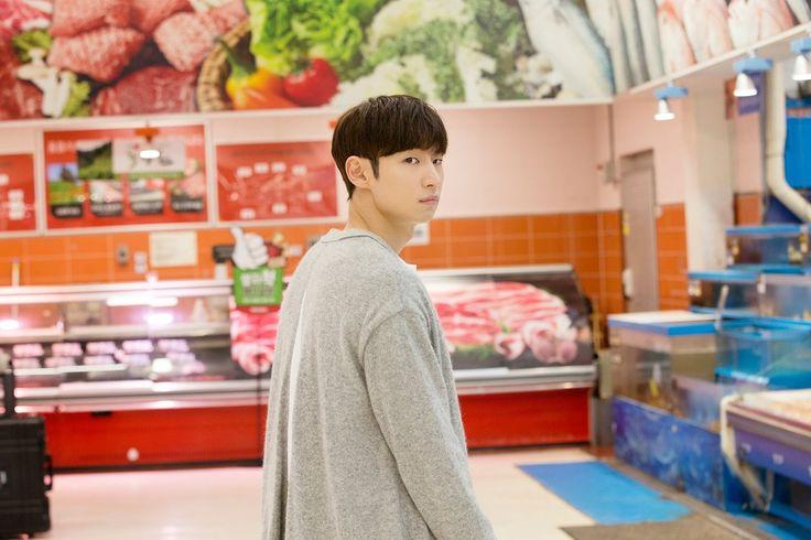 "K-Series Addict on Twitter: ""อีเจฮุน ระหว่างถ่ายทำ #TomorrowWithYou ช่อง tvN https://t.co/XyQ6M9nDZZ"""