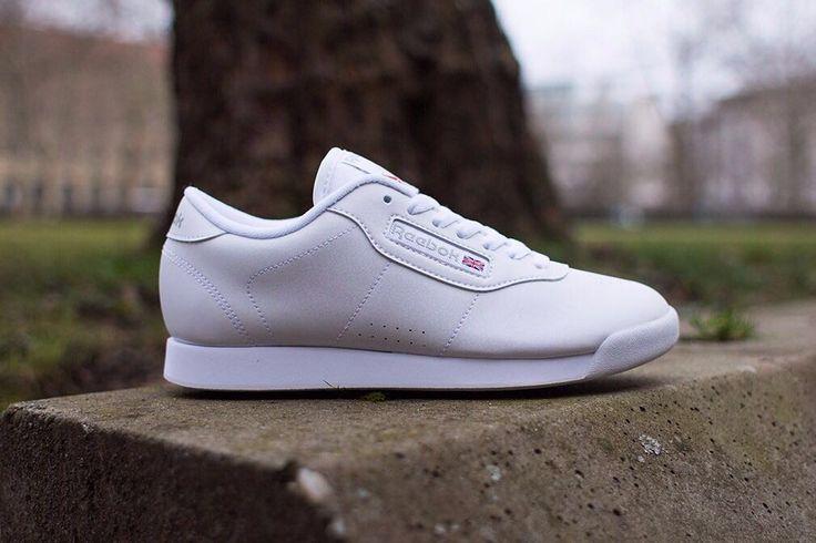 Reebok para dama Tallas desde la 35 hasta la 38  #reebok #armatupinta #tenis #sneakers #classic #colombia