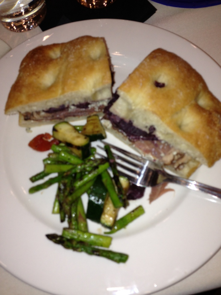 Roast Beef Gorgonzola cheese, caramelized red onions ...