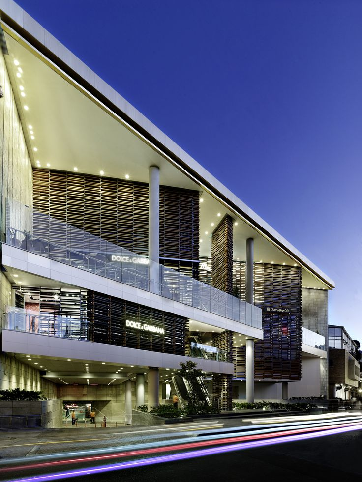Las 25 mejores ideas sobre centros comerciales en for Fachadas de almacenes modernos