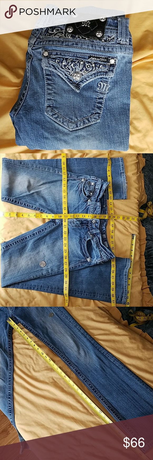 Miss Me Jeans Miss Me Jeans  Lady's  Size 28 JP5002B58 / Boot  Rn 112568 Blue and light blue color, As Is. No returns, really soft broken in feel, Dimound and steel, studded with distressing (looks to be maybe heavy starch or cleaned at the cleaners before, lots if BLING, (back rise seams to be curvy) nonsmoker (some random wher spots) (some Great random distressing) Clean and stored in dark dry storage excellent quality buy with confidence.  Thank you for your purchases.  :) Miss Me Jeans…