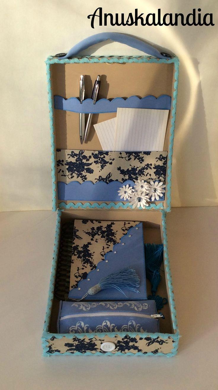 Maletín con dos sorpresas. Goma o foamy. Cuaderno decorado y estuche. Regalo original.