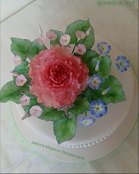 Пион и барвинок; dekor-tort. livemaster.ru