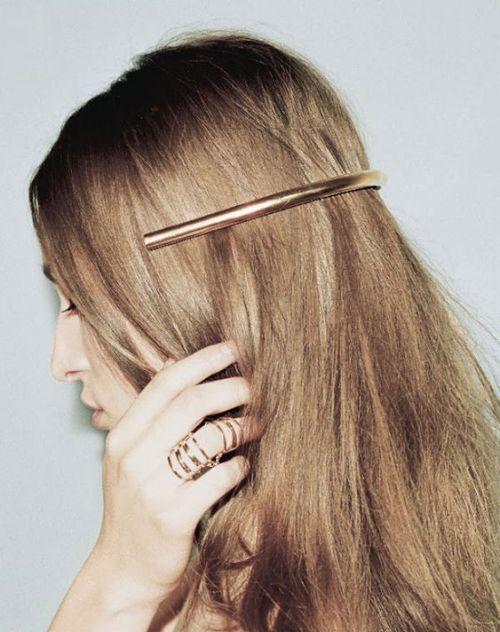 Sleek hair piece