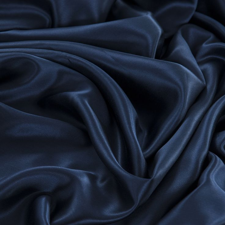 22 Momme Seamless Silk Bedding Set Navy Blue (6)   http://www.snowbedding.com…