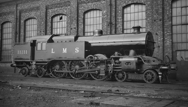 LMS Dreadnought Class 4-6-4 T by Hughes at L&YR Works Horwich. Orignally allocated LYR numbering, not actually used. LMS numbering 11110 to 11119