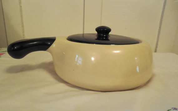 """Hull 8"""" Dutch Oven, Vintage Hull Pottery, No. 28-8, Hull Oven Proof USA, Black and Cream Ceramic Dutch Oven, Hull Pottery Kitchenware"""