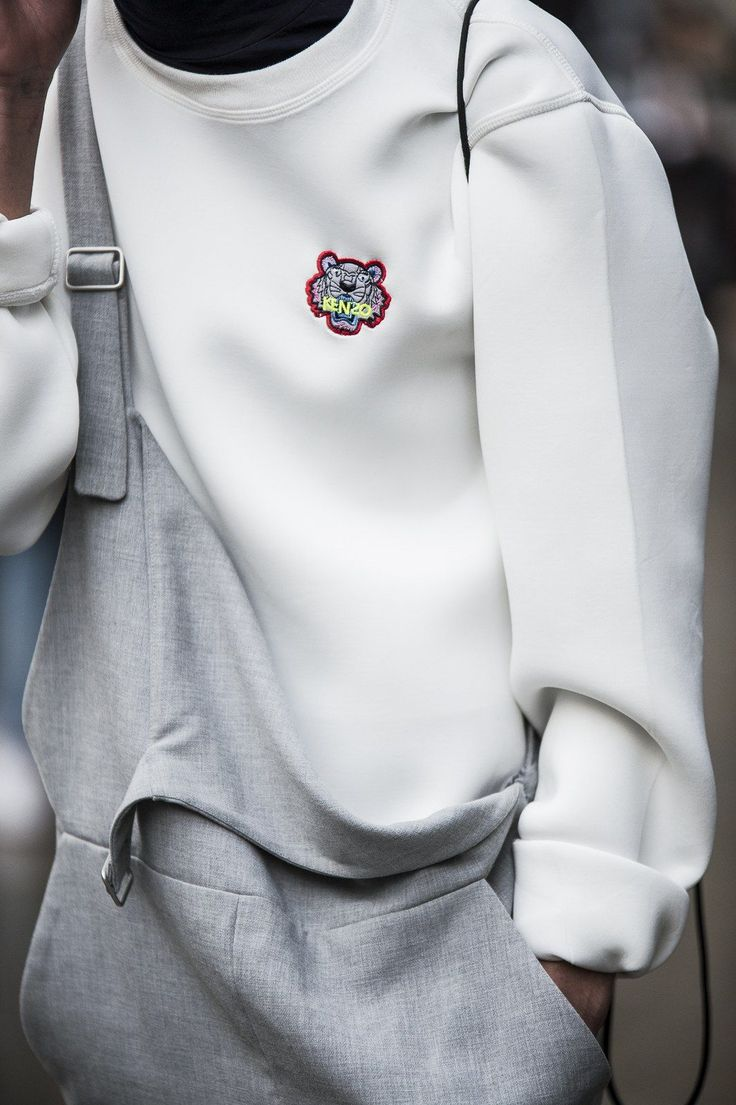 London Men's Fashion Week Street Style: Bold Blocks of Color, Don't Forget the Fur Photos | W Magazine