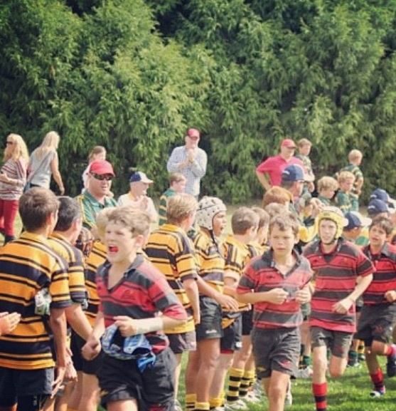 1000 images about terrace rugby on pinterest twin lost for Terrace jogging track