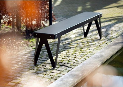 Lloyd Bench Outdoor   Outdoor Furniture   Iconic Dutch