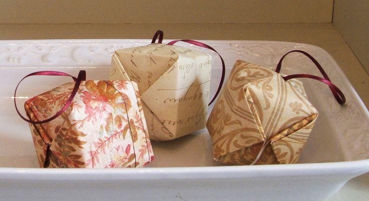 Origami baubles