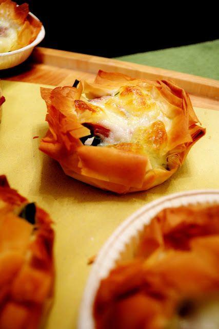 """Dafne's Corner """" il Gusto"""": Tortini di pasta fillo con cimette di rapa, scamorza affumicata & speck"""