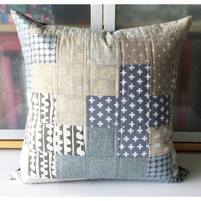 Quilting Patterns For Pillow Covers : 839 best Pillow craft images on Pinterest Cushions, Quilted pillow and Pillow ideas