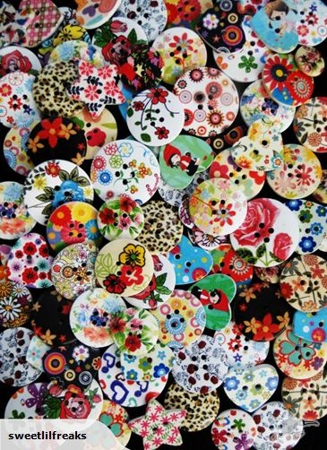 25 MIXED WOODEN FLORAL BUTTONS! SHABBY CHIC CRAFTS | Trade Me