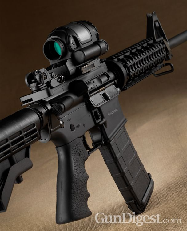 The Rock River Arms Pro Series Government exceeded the government's testing and was awarded contracts by the DEA, FBI and Marshals Service. Read the AR-15 Gun Review! - Corey