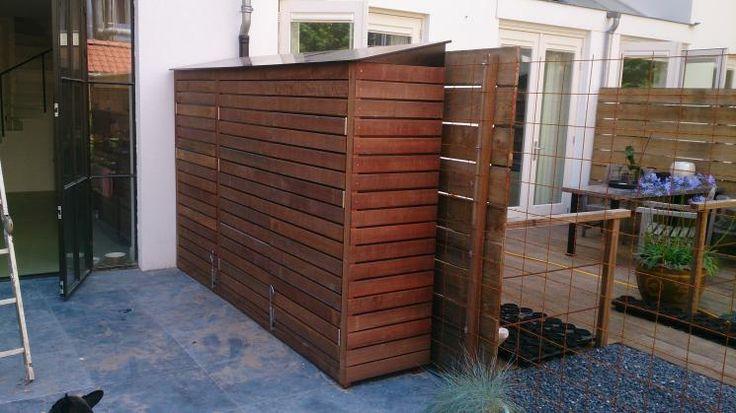 Tuinkast van hardhout en beton-multiplex