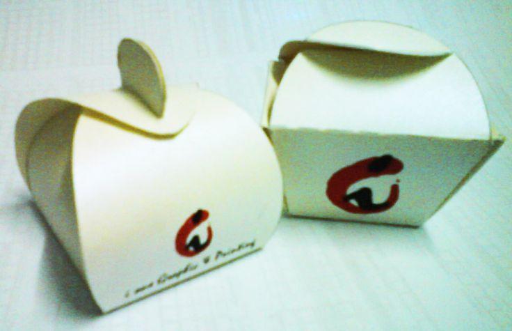 I ONE graphic & printing: Cute Box Design