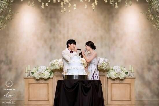 "13elieveSG on Twitter: ""[HQ PIC] 141213 Sungmin's Wedding Ceremony - Precious moments~ [2P] (Cr:As Tagged) http://t.co/9EDsFsDnIw"""