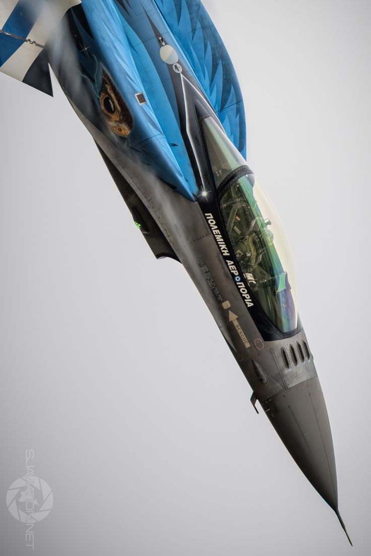 "eyestothe-skies: ""Hellenic Air Force F-16 Demo Team ""Zeus"" """