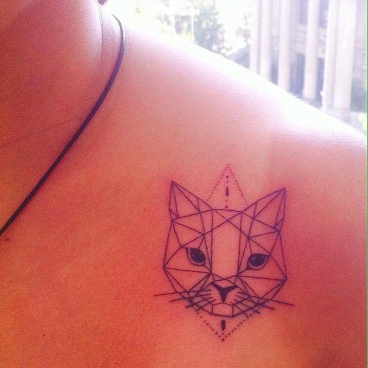 tattoo geometric cat