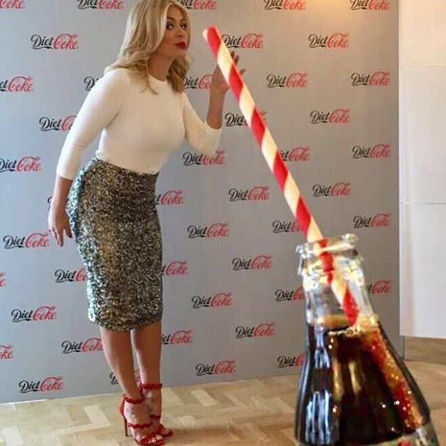 """6,131 Likes, 46 Comments - Holly Willoughby (@hollywilloughby) on Instagram: """"Too much fun with @DietCokeGB tonight… thank you for a lovely launch #ItStartedWithADietCoke #ad"""""""