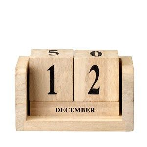 Kalendarz z drewnianych klocków - Trafiony prezent