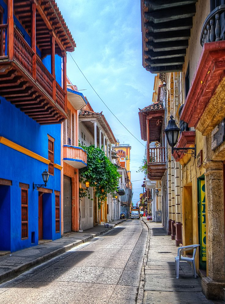 With its narrow streets and brightly painted colonial buildings, this UNESCO site is the crown jewel of Cartagena.