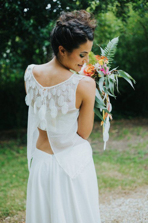 408 best robes de mariee images on pinterest stone for Robes pour mariage tropical