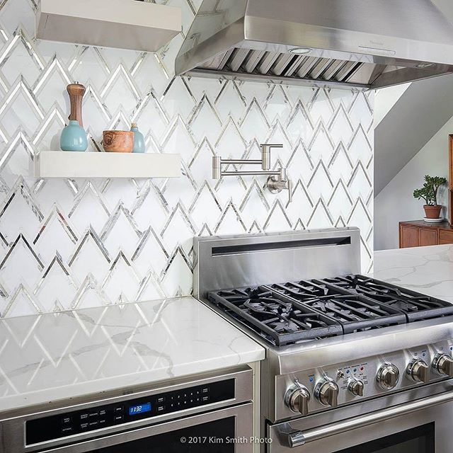 ideas for a small kitchen 2668 best kitchen backsplash amp countertops images on 24272