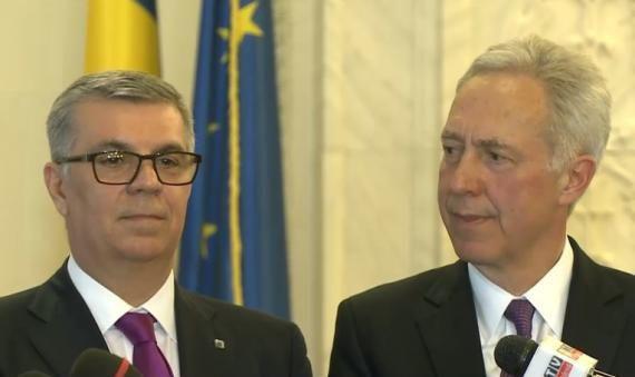"""Ambasadorul SUA la Bucureşti, Hans Klemm, a declarat miercuri că nu este """"deloc"""" deranjat de acuzaţiile fostului preşedinte Traian Băsescu pe tema întâlnirii cu preşedintele Camerei Dep…"""
