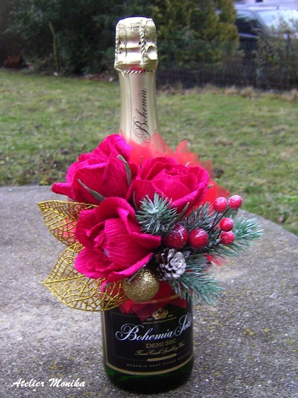 Bohemia sekt + Ferrero Rocher rose + Christmas dekor https://www.facebook.com/AtelierMonikaCelenkyBroze?fref=ts