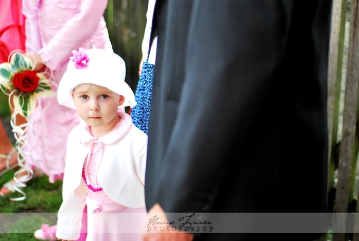 Dzieci na ślubie|https://www.facebook.com/AnnaTyniecFotografie | fotografia ślubna Wrocław | Anna Tyniec